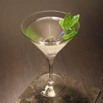 Vesper Martini im Martinikelch