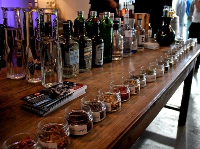 Das eigene Gin-Tasting: Rahmenprogramm, Gewürzstation, Voting (Teil 3)