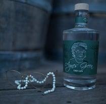 Flaschendesign - Agnes Green Gin